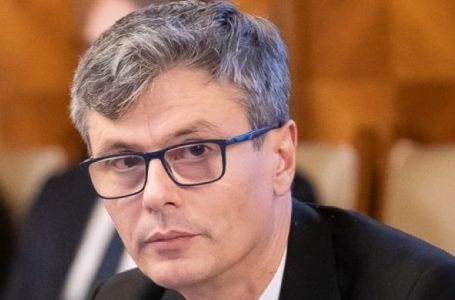 """Virgil Popescu: """"Faptul ca pretul petrolului scade nu e neaparat un lucru bun"""""""